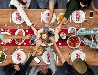 5 Tips for Hosting Friendsgiving