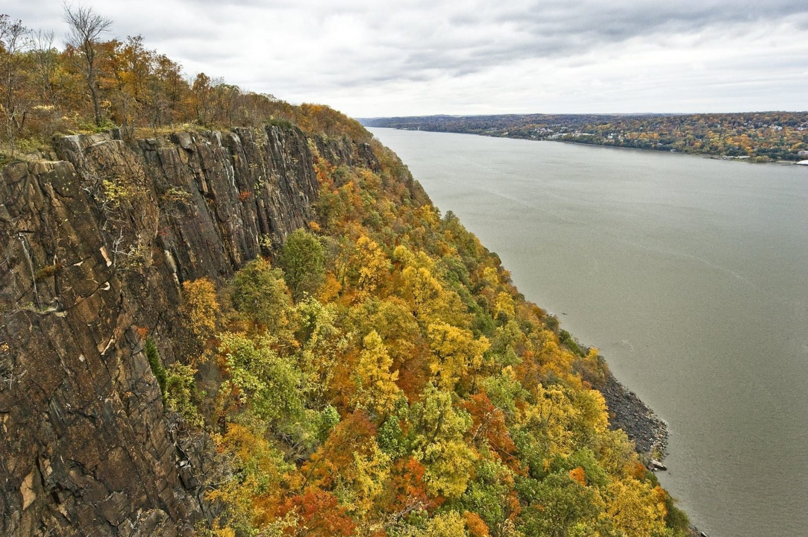 green cliffs of hudson and bergen countie